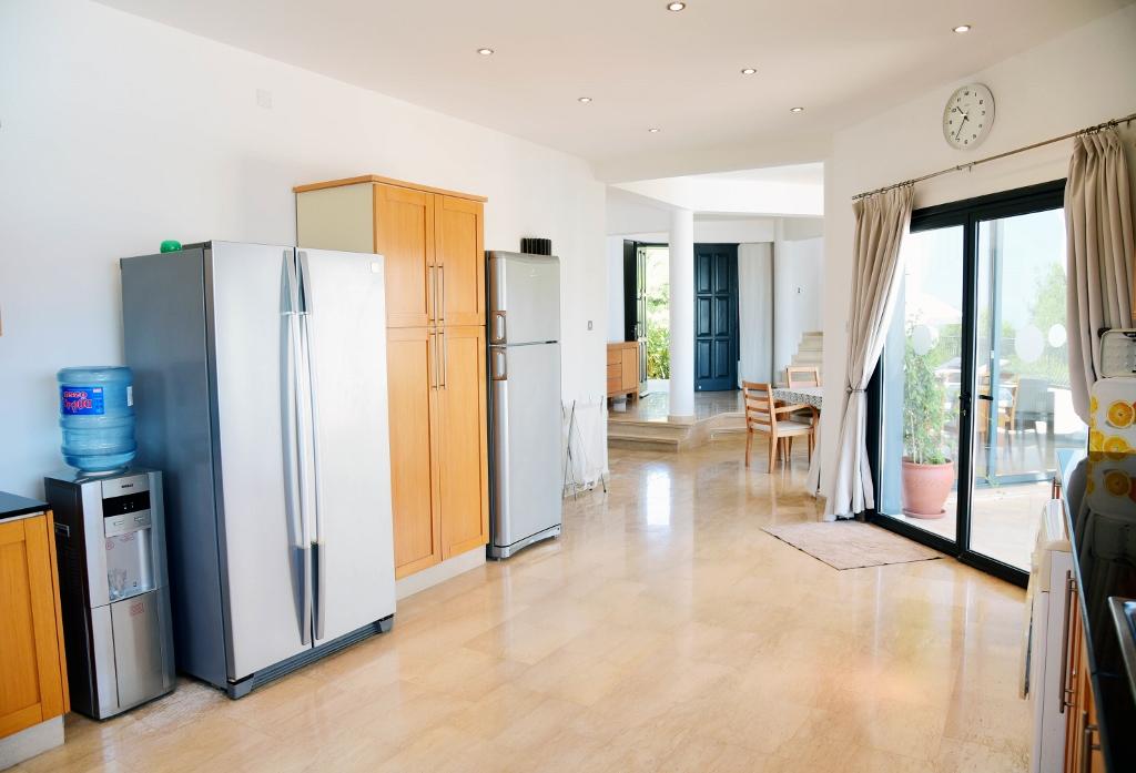 Kitchen (4) (1024x697)