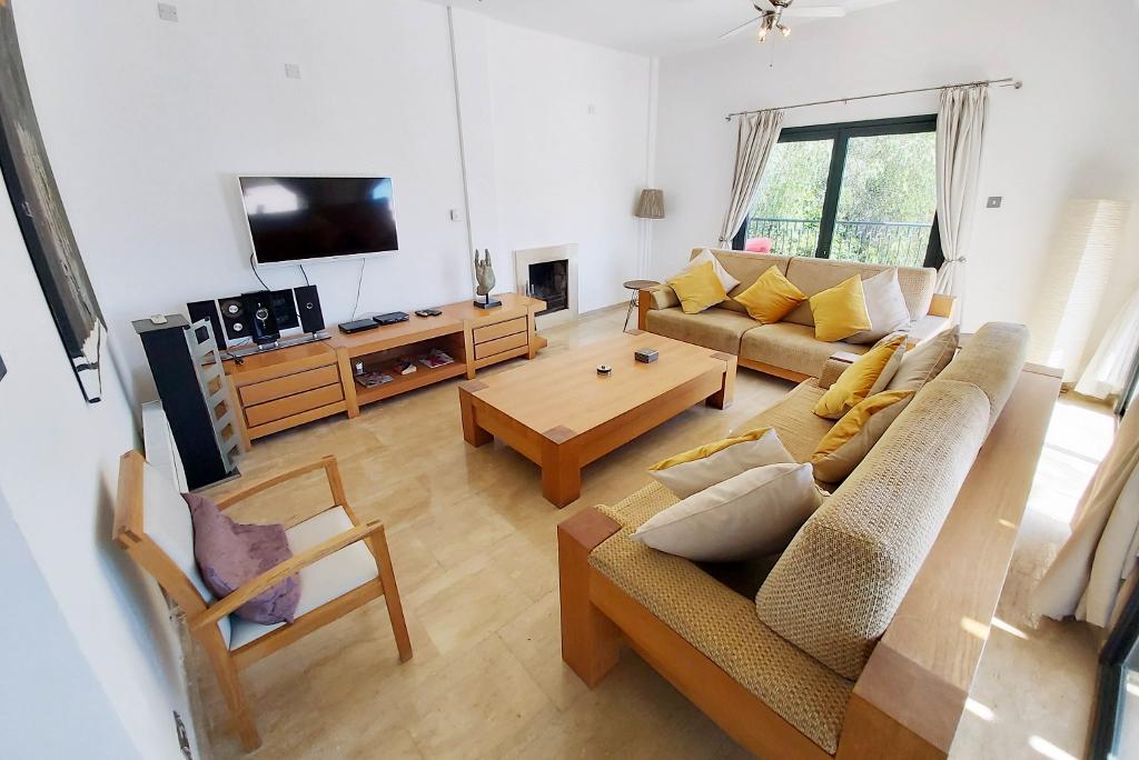 Lounge (3) (1024x684)